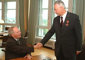 Bundesverdienstkreuz für Wolfgang Grambs
