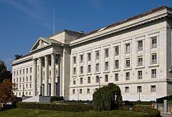 Schweizerisches Bundesgericht: Kein Blaulicht für Tiere.