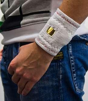 Smarte Bandagen messen künftig den Heilungsverlauf. Foto: Host Center Eindhoven