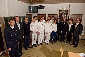 Rettungsdienstdisponenten absolvieren feuerwehrtechnische Ausbildung. (Foto: Presseamt Mayen)