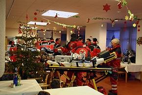 BRK-Rettungskräfte im Seniorenheim (Foto: BRK)