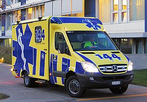 RTW des Schweizer Spitals Bülach: Mercedes Sprinter 519 CDI mit Strobel-Koffer. Foto: Faes/Spital Bülach