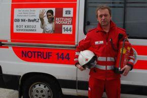 Martin Bauers Einsatz mit dem Feuerlöscher, ermöglichte eine schnelle Menschenrettung. (Foto: Rotes Kreuz Purkersdorf)