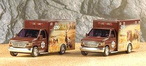 Zwei Ambulances des Wyoming Medical Centers auf Ford E-350 bringt Busch als Neuheit. Foto: Olaf Preuschoff