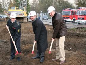 Wehrleiter Dietrich Bettenbrock, Bürgermeister Lutz Urbach, Stadtbaurat Stephan Schmickler