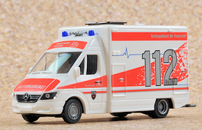 Neues Wiking-Modell: RTW der Feuerwehr Siegen. Foto: Michael Rüffer