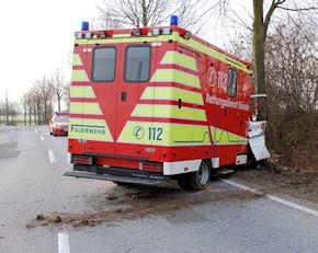Der Autodieb verletzte sich bei dem Unfall schwer. Foto: Polizei