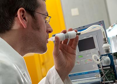 Sensor warnt Patienten zeitig vor Asthmaanfall (Foto: Siemens)