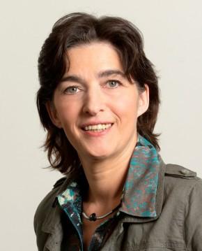 NRW-Gesundheitsministerin Steffens sieht derzeit in keine Alternative zu Ausschreibung oder Kommunalisierung im Rettungsdienst. (Foto: MGEPA / Stechert)