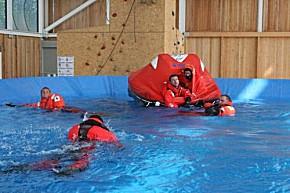 Wasserrettung im Bergwacht-Ausbildungszentrum (Foto: Bergwacht Bayern)