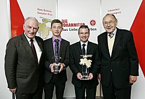 v.l.n.r.: Hans-Peter von Kirchbach, David Mockrowski, Markus Werle und Hans-Dietrich Genscher (Foto: JUH)