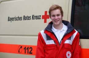 Thomas Volk, Abiturient aus Miesbach, ist einer der wenigen, die beim BRK den  Bundesfreiwilligendienst absolvieren will. (Foto: BRK)