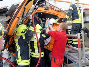 Technische Rettung nach dem Lkw-Unfall auf der A9. Foto: privat
