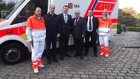 v.l.n.r. Christian Overmeyer, Hamms Branddirektor Wilhelm Tigges, Klaus Runggaldier, Dieter Herzig, Michael Schmalenbach und Silvia Arlinghaus (Foto: Falck)