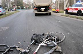 995 Zweiradfahrer oder -mitfahrer starben im Jahr 2013 bei Straßenverkehrsunfällen. Foto: Polizei