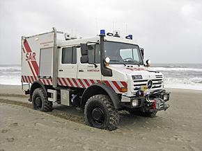 Einer von vier neuen Unimog U 4000, die von dänischen SAR-Stationen an der Nordseeküste eingesetzt werden. Foto: Mercedes-Benz.