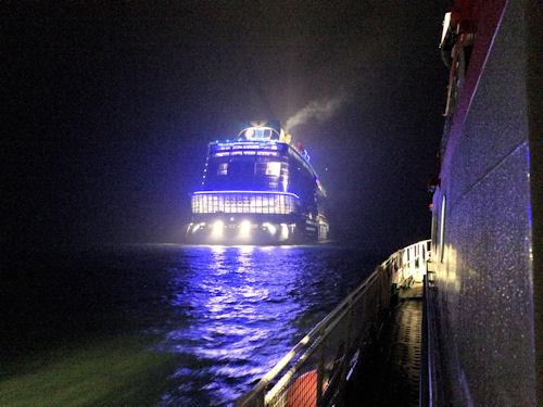 """Quantum Of The Seas"": Seenotretter helfen auf Kreuzfahrtschiff. Foto: DGzRS"