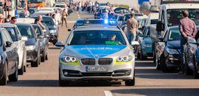 """Die Kampagne """"Rettungsgasse rettet Leben"""" appelliert an Verkehrsteilnehmer. Foto: Wiesbaden112.de"""