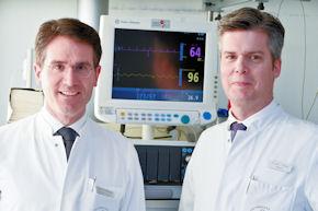 Prof. Dr. Thomas Hoffmann und Dr. Jens Greve (von links).