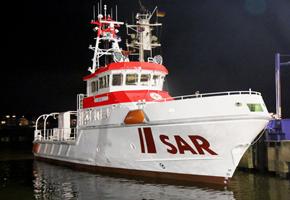 Der neue Seenotkreuzer - noch unter der internen Baunummer SK 35 - wurde zu Wasser gelassen. Foto: DGzRS