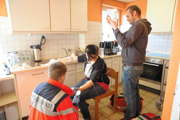 Wie sollten Verbrennungen behandelt werden? Foto: Markus Brändli