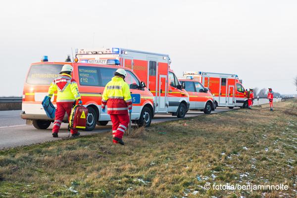 Feuerwehr Bremerhaven will Krankentransporte an private Dienstleister abgeben. Symbolfoto: fotolia/benjaminnolte