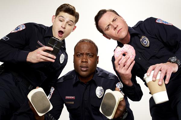 ProSieben strahlt ab Ende November die Serie Sirens aus. Foto: F. Scott Schafer/USA Network