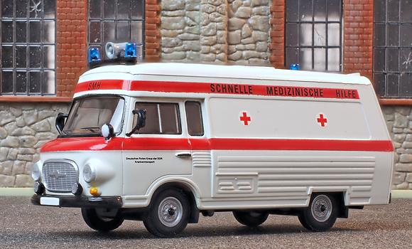 Rettungsfahrzeug SMH 3 auf Barkas B1000 als H0-Miniatur von Brekina. Foto: Michael Rüffer