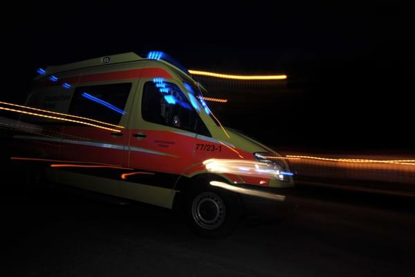 Frei Fahrt für den Rettungsdienst in Aurich. Symbolfoto: Markus Brändli