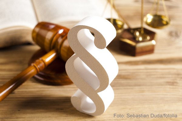 Wooden gavel barrister, justice concept, paragraph