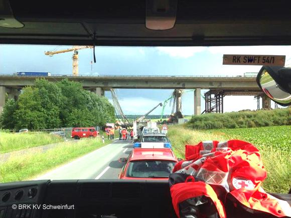 Brueckeneinsturz Schweinfurt_Quelle BRK_580