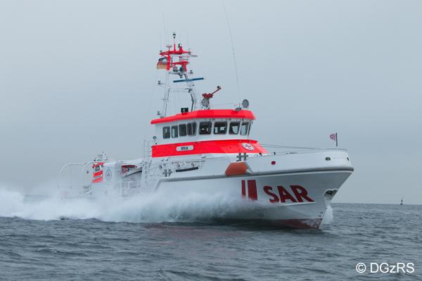 Seenotrettungskreuzer BERLIN der Deutschen Gesellschaft zur Rettung Schiffbrüchiger (DGzRS)