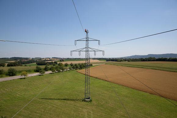 Wartungsarbeiten-am-Netz-580_EnBWClaudia-Fy-