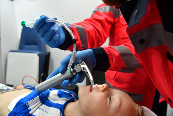 Intubation, Kindernotarzt