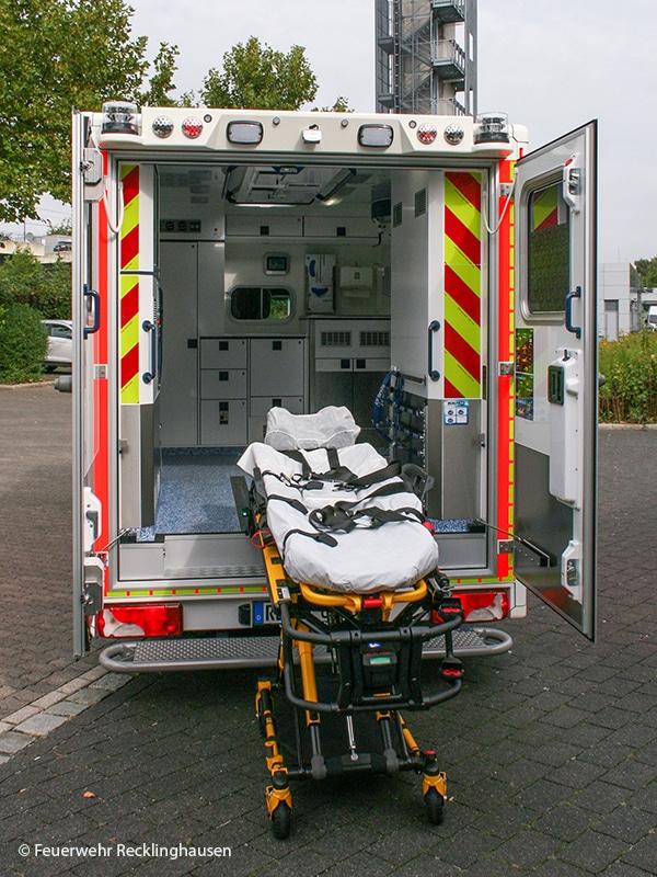 Heckansicht Rettungswagen